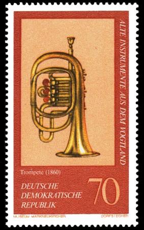 Alte Instrumente Aus Dem Vogtland Trompete Briefmarke Ddr