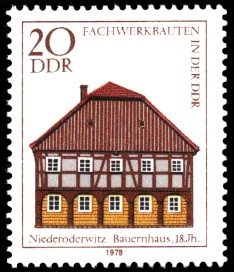 20 Pf Briefmarke: Fachwerkbauten in der DDR, Bauernhaus Niederoderwitz