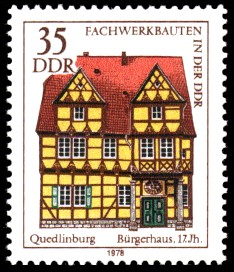 35 Pf Briefmarke: Fachwerkbauten in der DDR, Bürgerhaus Quedlinburg
