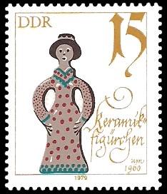 15 Pf Briefmarke: Historische Puppen, Keramikfigürchen