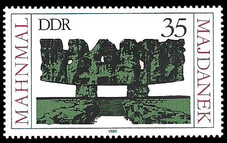35 Pf Briefmarke: Mahnmal Majdanek