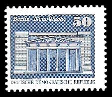 50 Pf Briefmarke: Sozialistischer Aufbau in der DDR, Neue Wache Bln
