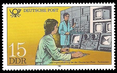 15 Pf Briefmarke: Ausbildung bei der Deutschen Post, Lehrlingsausbildung Funkwesen