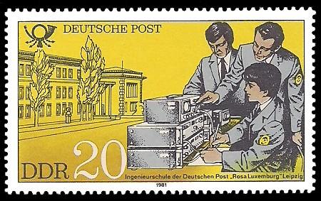 20 Pf Briefmarke: Ausbildung bei der Deutschen Post, Ingenieurschule Rosa Luxemburg