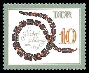 10 Pf Briefmarke: Historisches Spielzeug, Tiere, Gliederschlange