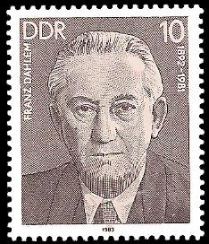 10 Pf Briefmarke: Verdienstvolle Persönlichkeiten der Arbeiterbewegung, Franz Dahlem