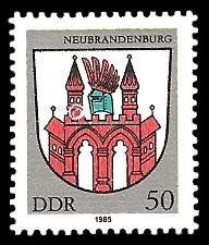 50 Pf Briefmarke: Stadtwappen von Neubrandenburg