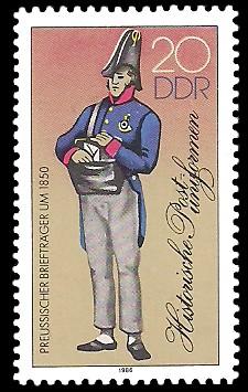 20 Pf Briefmarke: Historische Postuniformen, Preussischer Briefträger