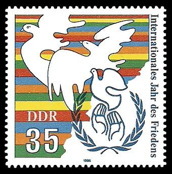35 Pf Briefmarke: Internationales Jahr des Friedens
