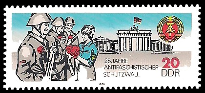 20 Pf Briefmarke: 25 Jahre antiifaschistischer Schutzwall