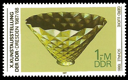 1 M Briefmarke: X. Kunstausstellung der DDR, Schale