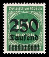 250 Tsd. auf 300 M Briefmarke: Ziffern im Kreis, 300 M - mit Aufdruck 250 Tsd