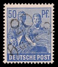 50 Pf Briefmarke: Freimarken II. Kontrollratsausgabe, Maurer und Bäuerin - mit Aufdruck Bezirksstempel