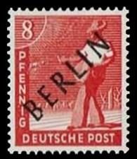 8 Pf Briefmarke: Gemeinschaftsausgabe der alliierten Besetzung mit schwarzem BERLIN Aufdruck, Freimarke