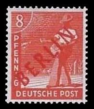 8 Pf Briefmarke: Gemeinschaftsausgabe der alliierten Besetzung mit rotem BERLIN Aufdruck, Freimarke