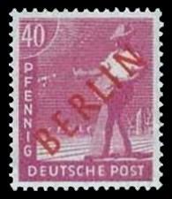 40 Pf Briefmarke: Gemeinschaftsausgabe der alliierten Besetzung mit rotem BERLIN Aufdruck, Freimarke