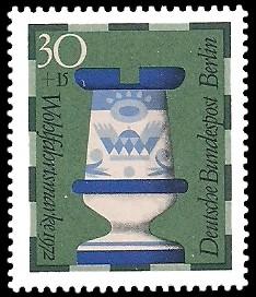 30 + 15 Pf Briefmarke: Wohlfahrt, Schachfiguren