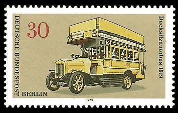 30 Pf Briefmarke: Berliner Omnibusse
